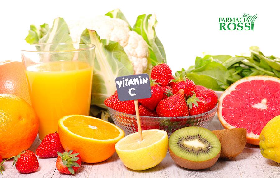 La Vitamina C: Proprietà e Funzioni | FARMACIA ROSSI
